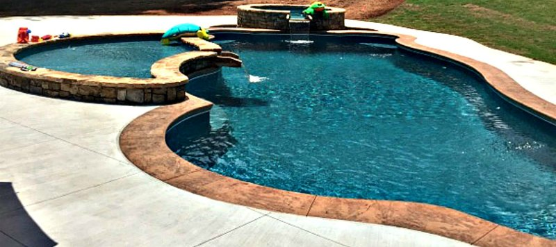 Get Your Fiberglass Pool Installation This Winter